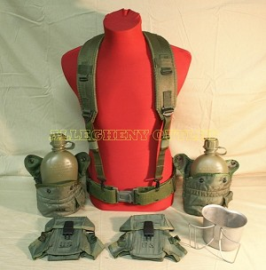 US Army Military LOT of LBE Large PISTOL BELT Butterfly CANTEEN CUP AMMO POUCH