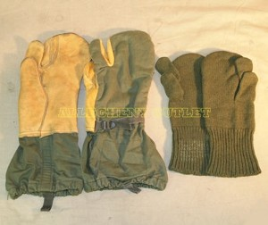 LOT 10 Ten OLIVE DRAB GREEN TRIGGER FINGER MITTENS with LINERS Cold Weather Hunting Gloves MEDIUM VERY GOOD
