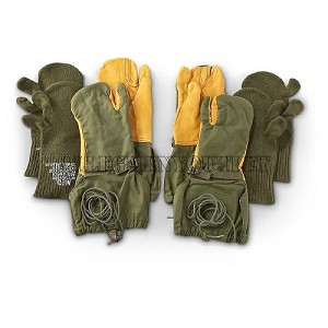 Lot of 2 USGI Cold Weather Trigger Finger Hunting Mittens w/ Liners MEDIUM US Military